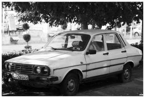 Dacia o R12...?