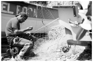 """""""El Foca""""...pescador arreglant xarxa"""