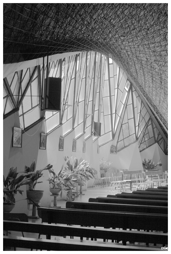 Església Hiperbòlica