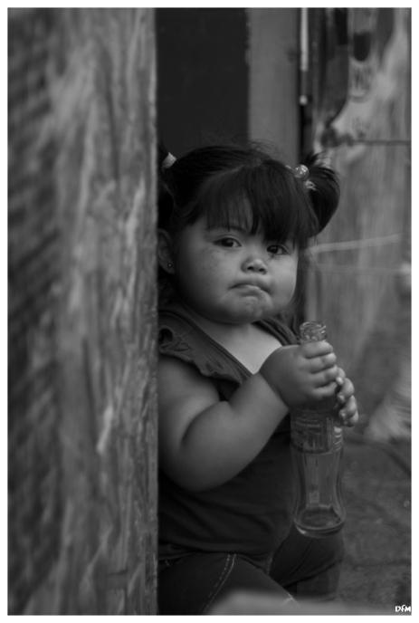 Nena amb Coca-Cola